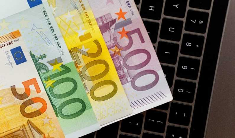 schemă de lucru pentru a face bani pe internet)